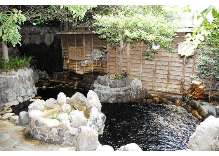 """泡黑色温泉美丽肌肤!推荐东京的""""黑温泉""""3选"""