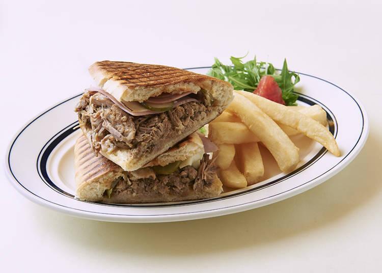 来自NY的古巴风格三明治