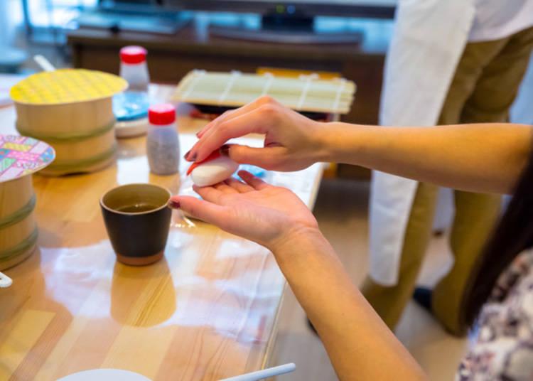 니기리(생선살 위에 초밥을 얹는 작업)의 어려움