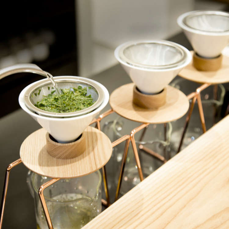 世界首創!位於三軒茶屋,以手工濾泡方式來泡茶的日本茶專門店
