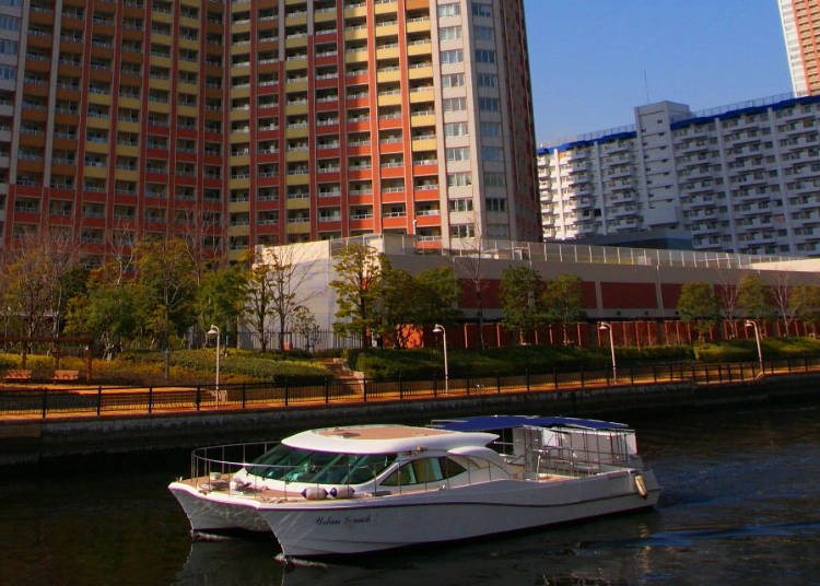 Urban Launch – Tokyo's Fanciest Water Bus Experience
