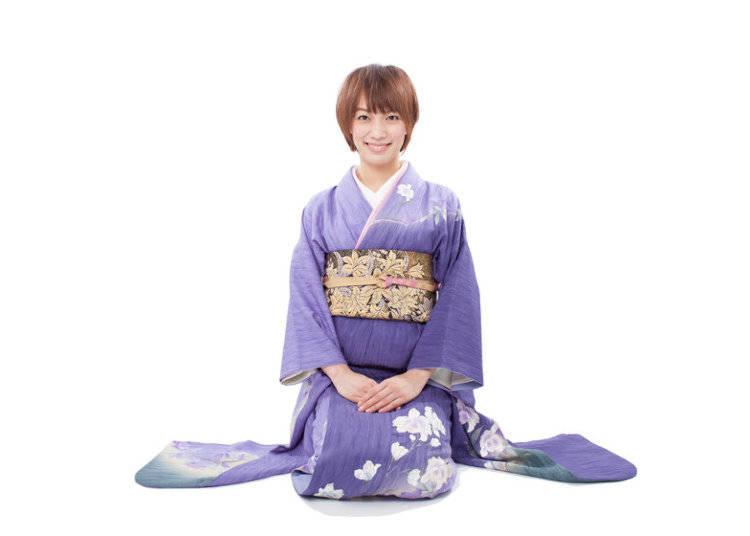 How to Wear a Kimono