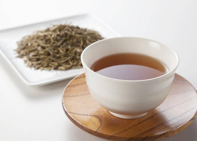 Houjicha (Roasted Green Tea): ほうじ茶