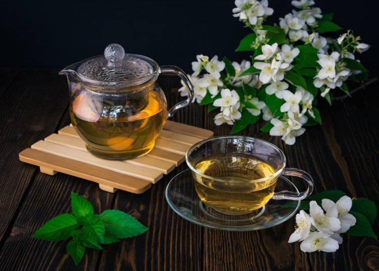 Jasumin-cha (Jasmine Tea): ジャスミン茶