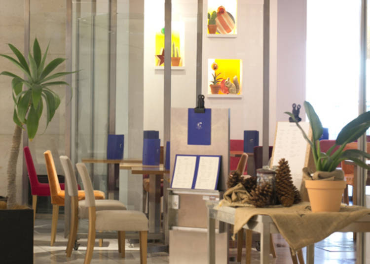 Furniture Design Center taking a break in shinjuku: four secret spots to rest, relax, and