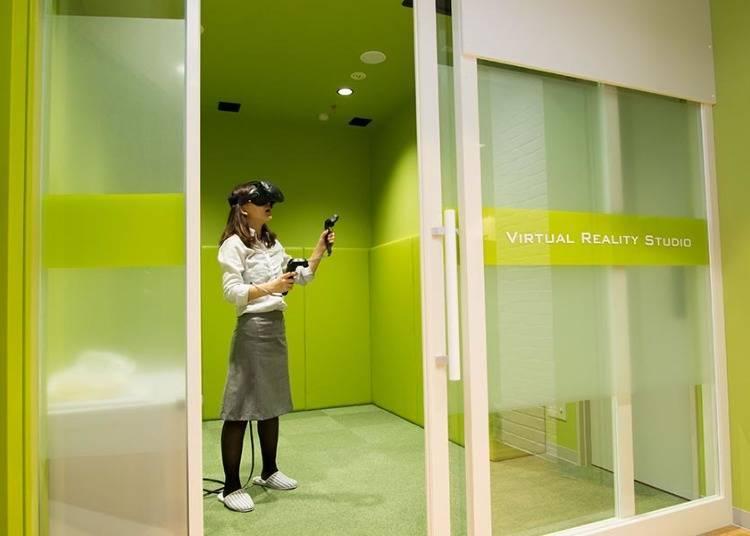 網路咖啡廳的包廂體驗VR!