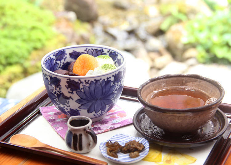 일본의 전통미가 느껴지는 카페! '미요시야'에서 즐기는 일본식 디저트