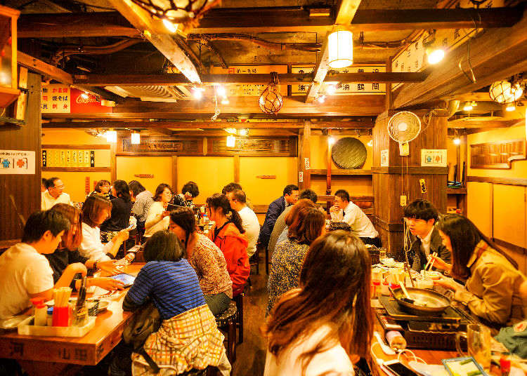 Order Like a Pro! 7 Key Phrases for Navigating Japan's Izakayas