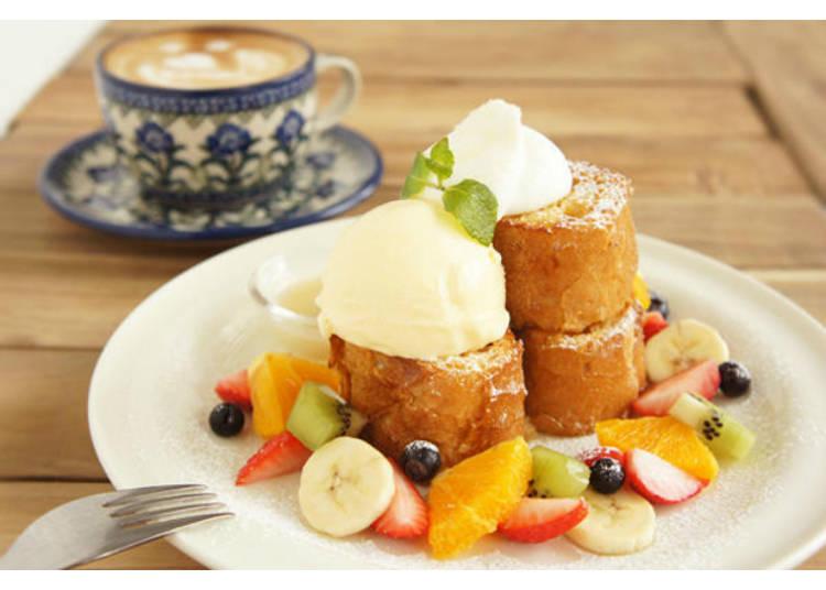 たっぷりフルーツの絶品フレンチトースト