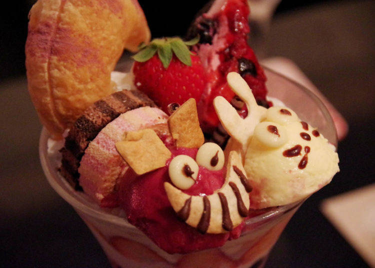 Eat Me, Drink Me: Desserts and Drinks