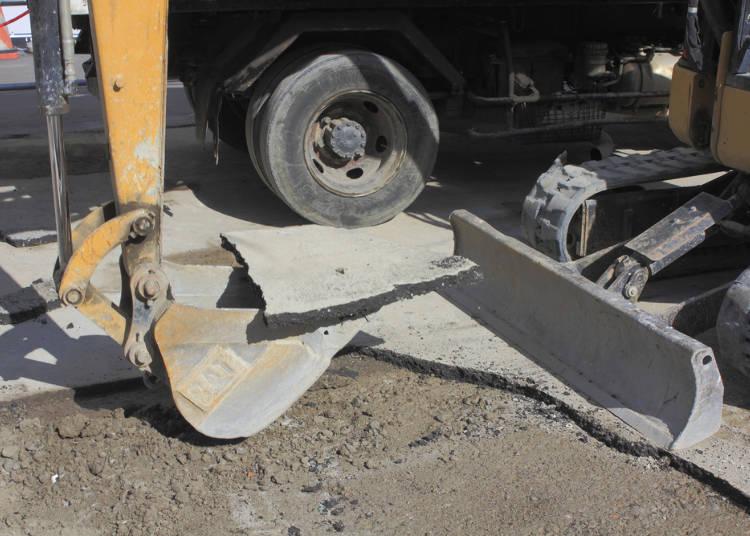 10.道路工事しすぎ!予算削減と自然、どっちが大事なの?