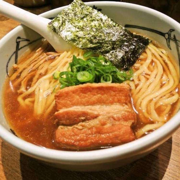連在地人都讚不絕口!專家推薦新宿站西口必吃的3家人氣拉麵店