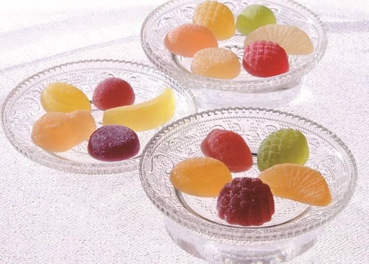 彩り鮮やかな16種のフルーツゼリー