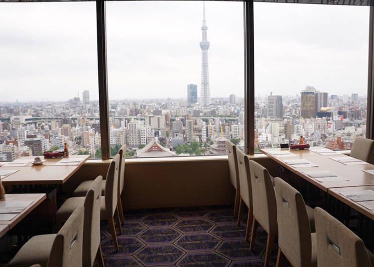 从26楼眺望,一览东京美景!能欣赏到现场烹调,品尝到日式、西式、中式佳肴的自助餐厅