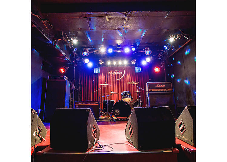 Live House SAMURAI: Relax in an Atmospheric Japanese Music Venue