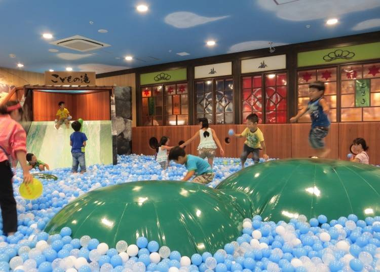 Kodomo no Yu: Japan's Largest Ball Pool Directly under the Scenic Tokyo Skytree