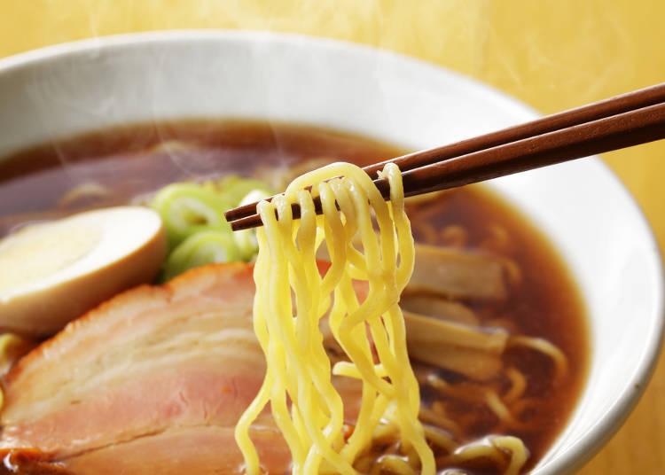 日本ならではの食材で和風ラーメンの完成!