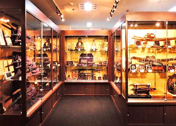日本伝統の武具を知ろう 日本刀専門店を見学