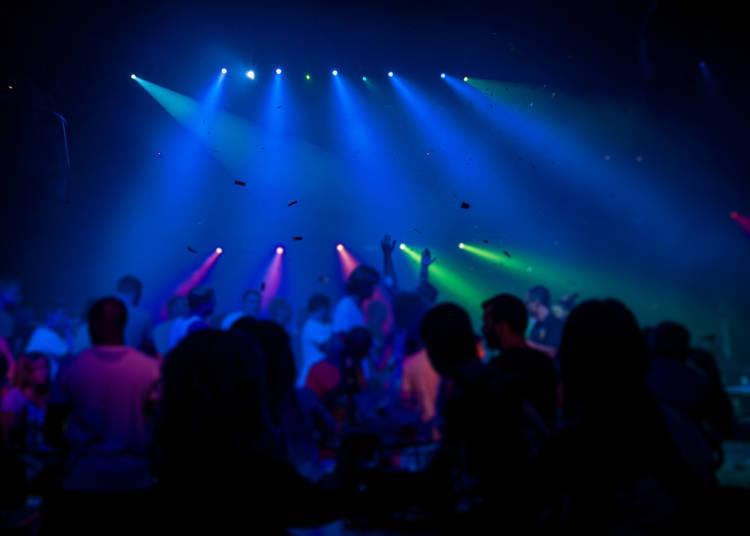 【새해 이벤트】 DJ가 이끄는 신나는 카운트다운