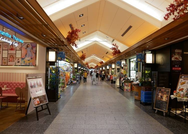 1st Floor: The Solamachi Shopping Street, Station Street, Miscellaneous Goods, Cafés – a Colorful Variety!