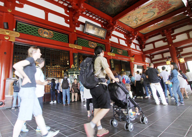 Exploring Senso-ji Temple With a Stroller!