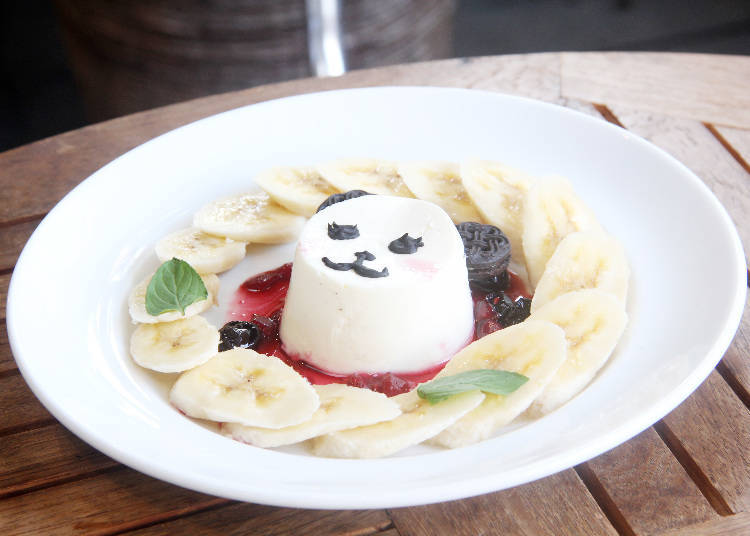 Eating with Kids 1: Panda Café, a Cute Place with Plenty of Space!