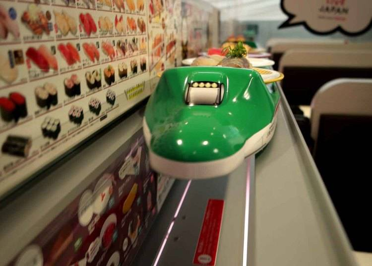 高速レーンでお寿司が運ばれてくる喜び