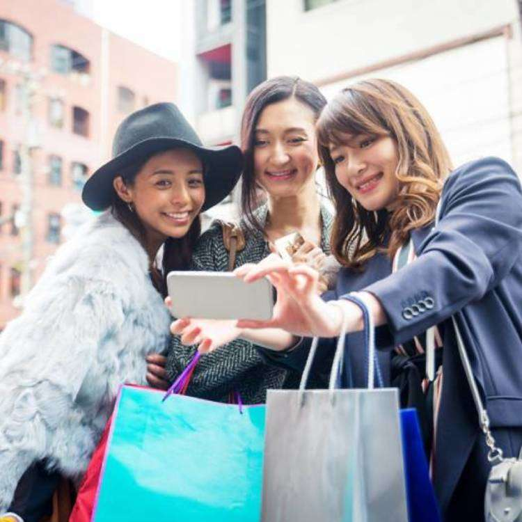 Spectacular New Year's Sales at Tokyo's Big Department Stores 2018!