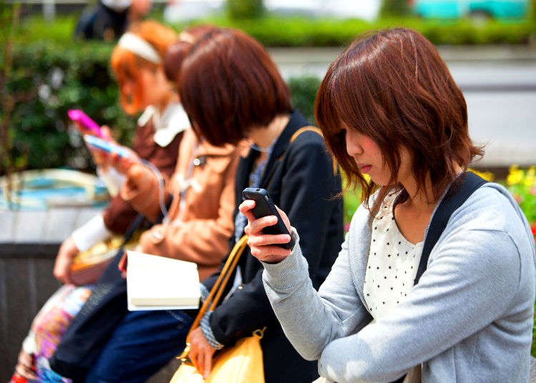 Free Wi-Fi: Staying Connected in Japan