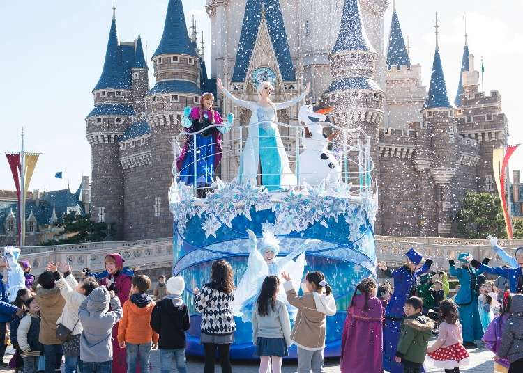 Spending Sunday In Floating Frozen >> Anna And Elsa S Frozen Fantasy At Tokyo Disneyland 1 11 3 19