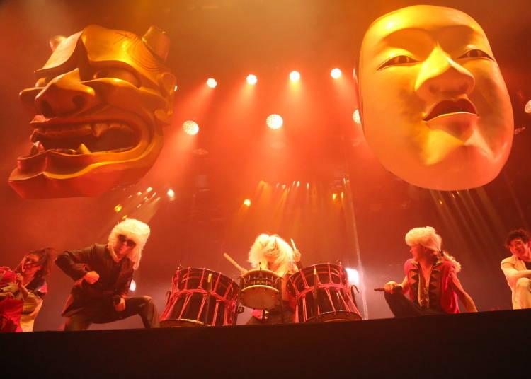 目の前で繰り広げられる和太鼓の生演奏とダンスシーン