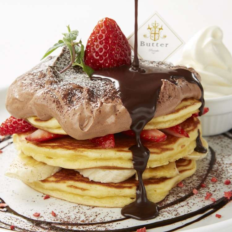 Tokyo's Pancake Boom: Try Butter's Seasonal Pancakes with Plenty of Raw Chocolate!
