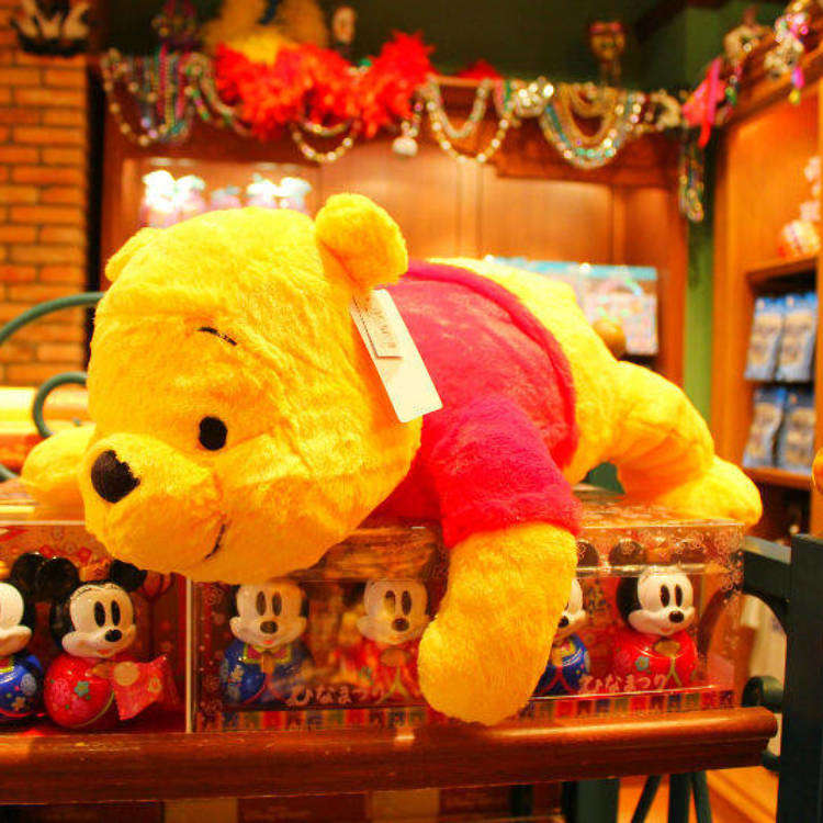 Asking the Merchandise Staff: 33 Must-Have Souvenirs from Tokyo Disneyland!