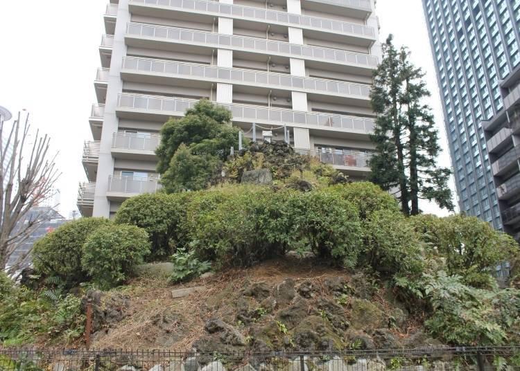 Secret Sightseeing Tip #7: Climb Miniature Mount Fuji at Naruko Tenjin Shrine!