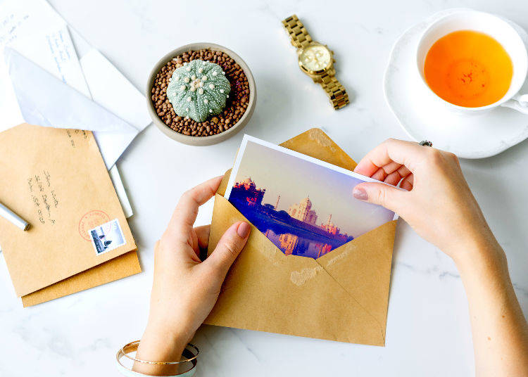 1. Immortalize your journey with a postcard