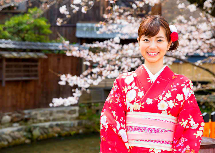 All About Kimono: Designs, Patterns, and Where To Buy!