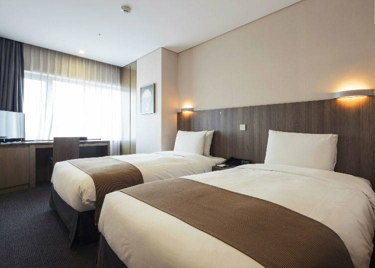 Hotel Rates Vary According to the Number of People Staying in a Room