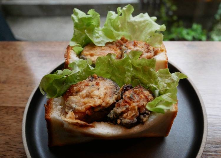 醃製鯖魚熱三明治(サバサンド)