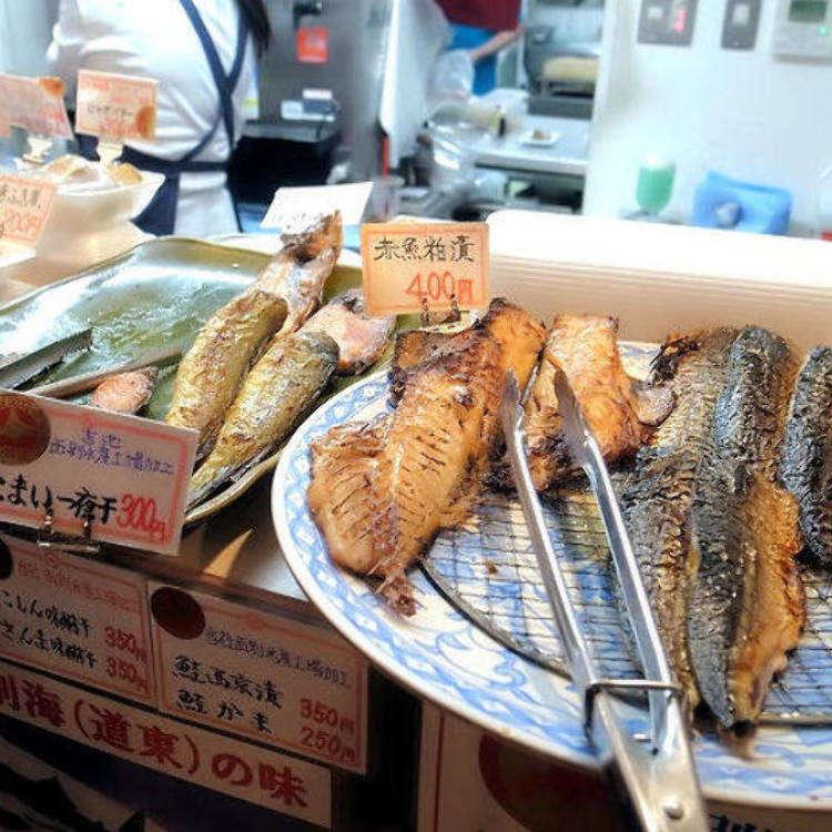 도쿄 우에노의 저렴하고 서민적인 이자카야, 아지노후에 본점