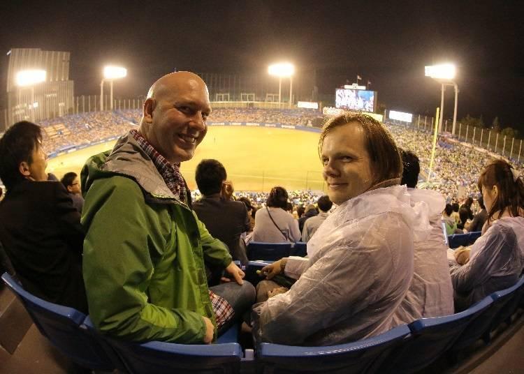 觀賞棒球比賽是日本為數不多的夜間活動!