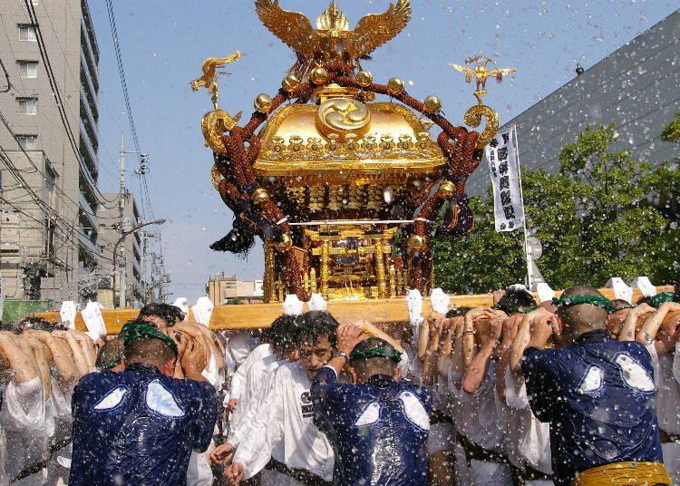 The Fukagawa Hachiman Festival