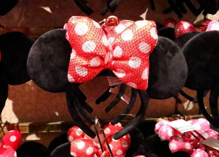 Minnie Headband: the Big Ribbon is Simply Adorable! (1,400 yen each)