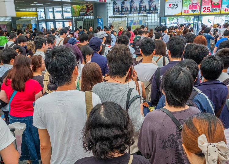 No. 1: 199% Congestion Rate - Tozai Line (Kiba Station → Monzen Nakacho Station)