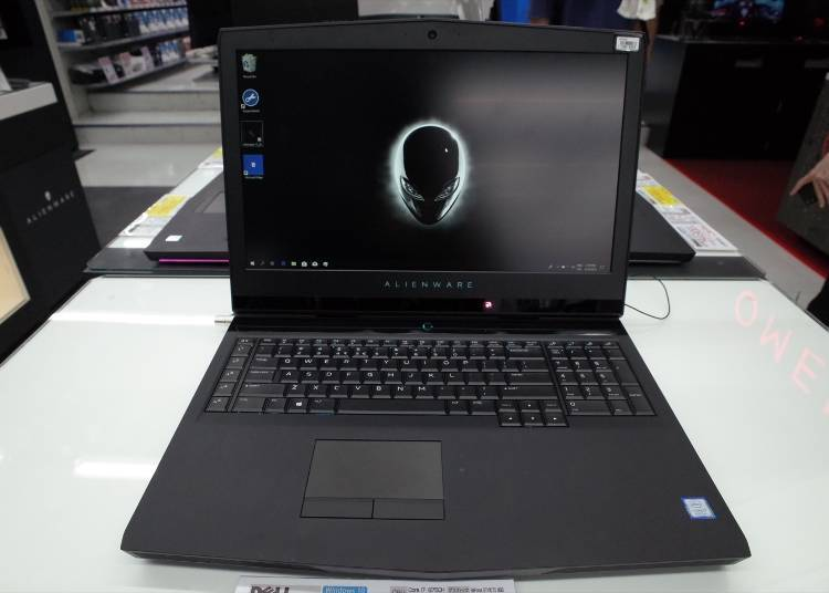 Popular Gaming PCs #8: Dell Alienware 17 R5 (309,800 yen)