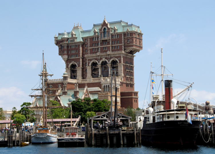 Tokyo DisneySea's Most Popular Rides! 3. Tower of Terror: An Exciting Blend of Thrill and Horror! (Fastpass Available)