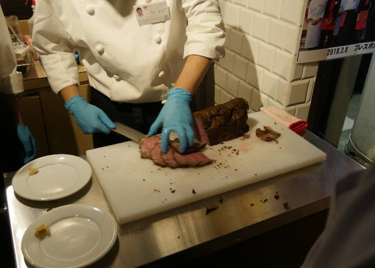 肉友クラブパーティーでしか食べられない、幻の絶品「ローストビーフ」!