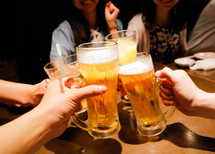 2. 学校の飲み会に先生も参加するの!?