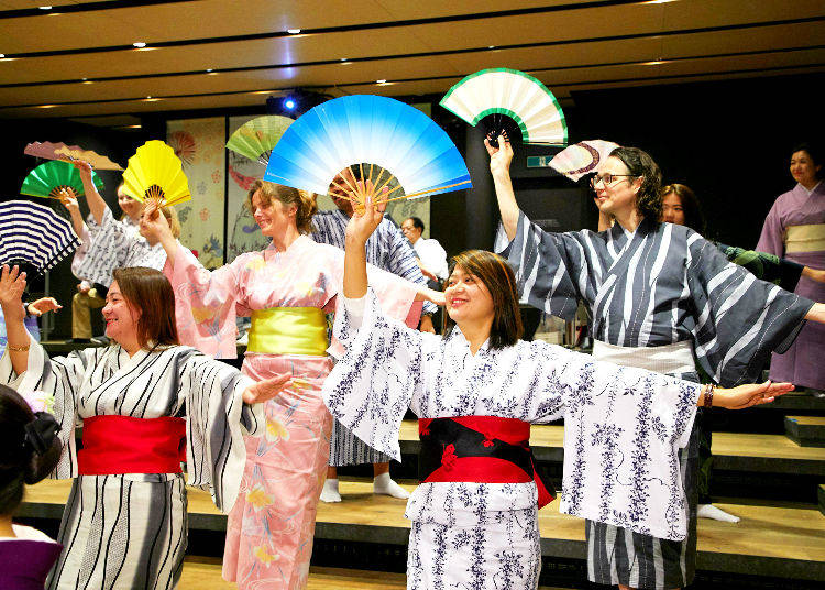Traditional Culture Experience Programs for Foreign Visitors: Japanese Dance Workshop