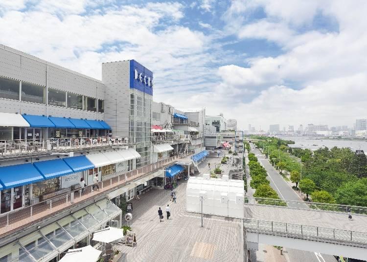 5. Decks Tokyo Beach: The perfect entertainment facility!