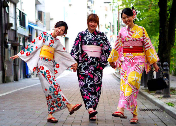 2. Asakusa Aiwafuku: Shop with Kimono Rentals and Purikura Photo Booths!